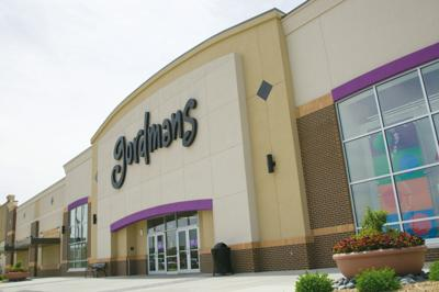 Stage Stores, winner in Gordmans bankruptcy auction, will
