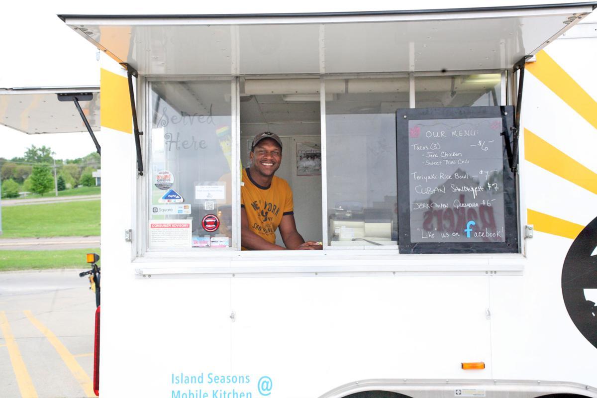 Caribbean food truck finds its place in Bellevue | Bellevue Leader ...
