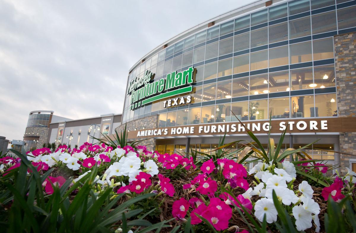 Grandscape development anchored by nfm texas is slow for Nebraska furniture mart in texas