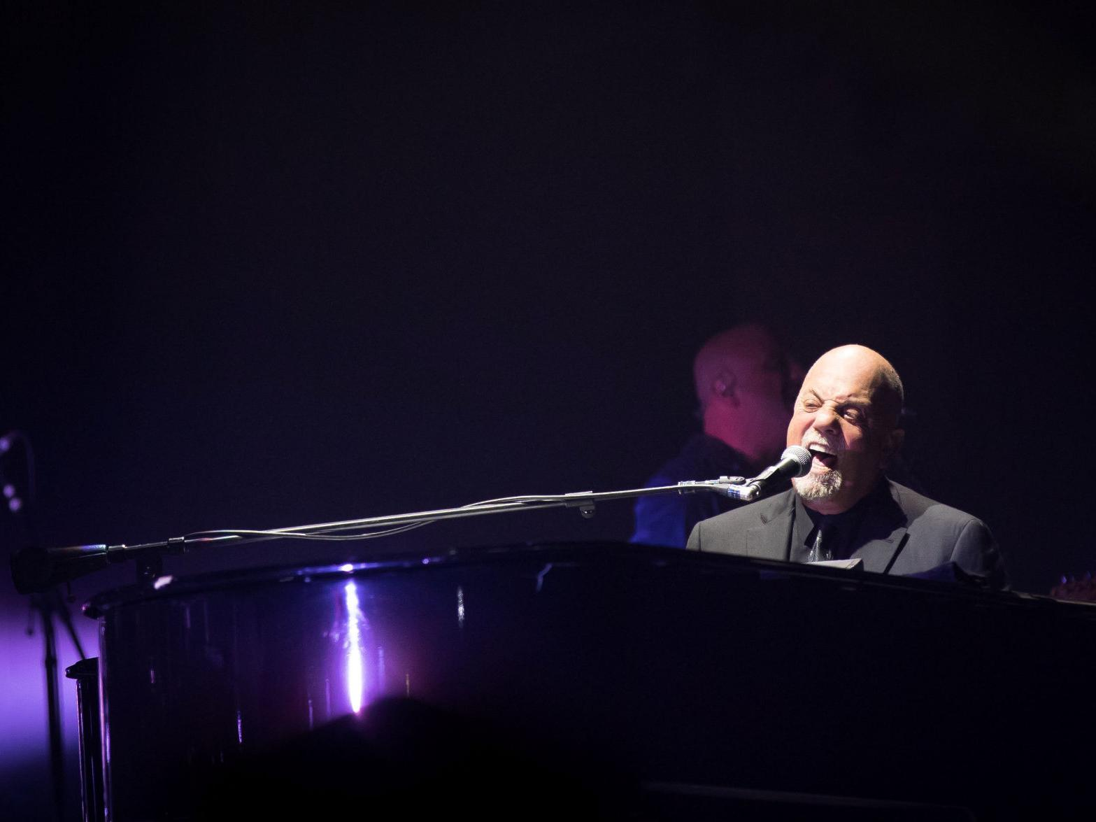 Review: Decades melt away as Billy Joel returns to Lincoln