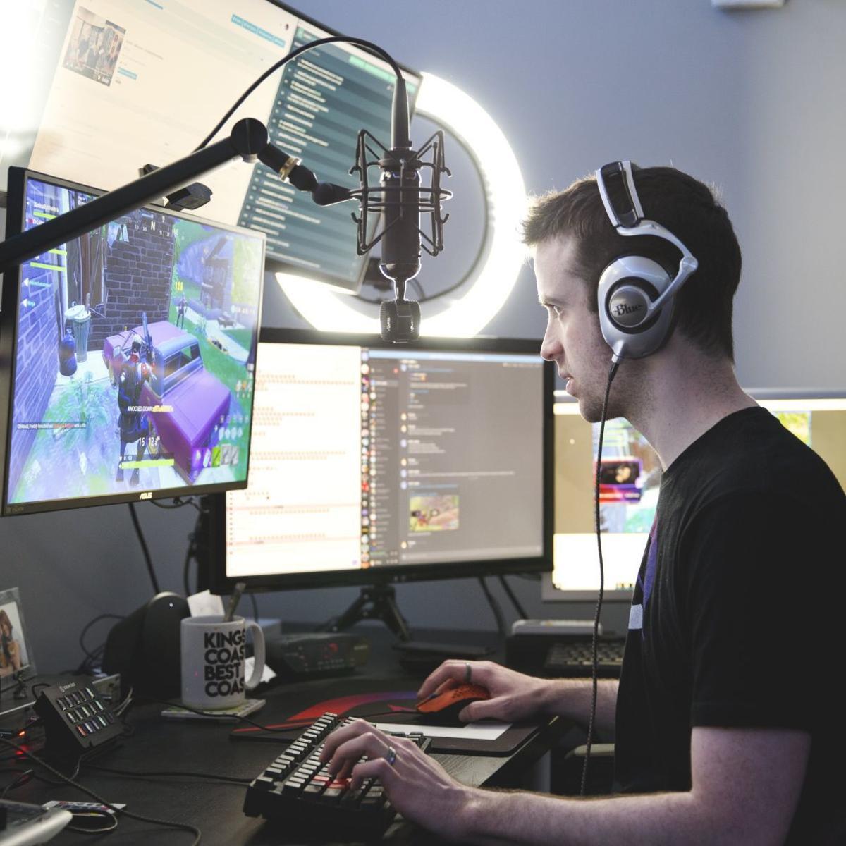 Bermain permainan online dan menangkan uang tunai