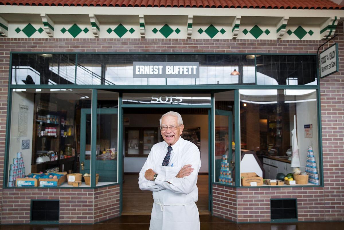 Buffett & Son - Hal Capps