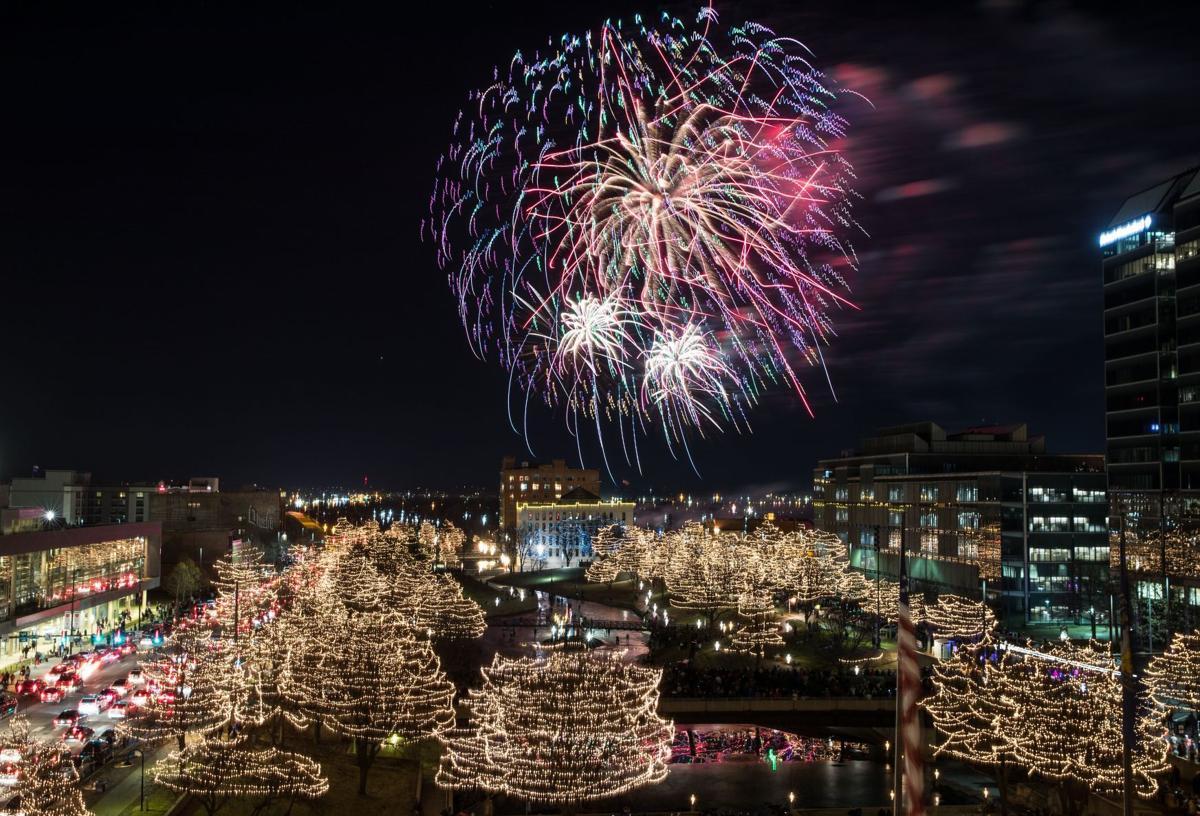 20190106_new_fireworks_pic_cm001