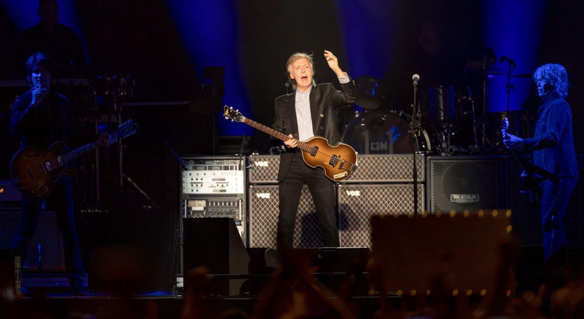 501284 McCartney03