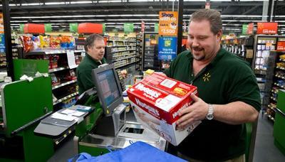 Walmart goes midsize with Neighborhood Markets   Money