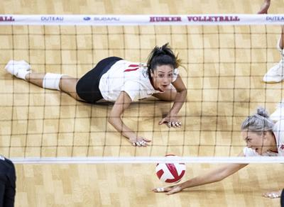 No. 1 Nebraska volleyball drops four-set match No. 2 Stanford in national championship rematch
