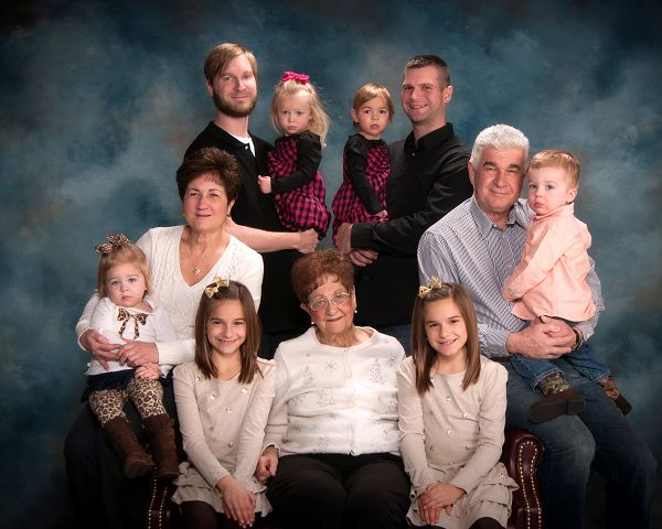 Family's five sets of twins span 60 years, three generations