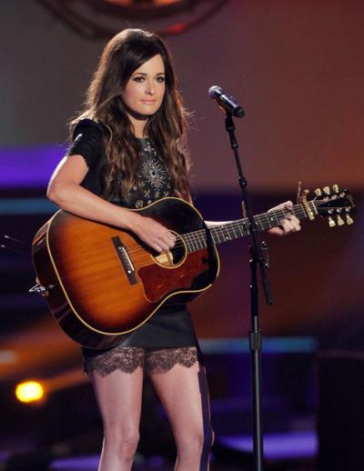 Sold-out crowd connects with Musgraves' sharp, sincere style