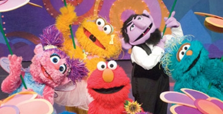 Sesame Street stages 'Can't Stop Singing'