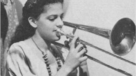 Barrier-breaking trombonist Helen Jones Woods, a former Omahan, dies at 96