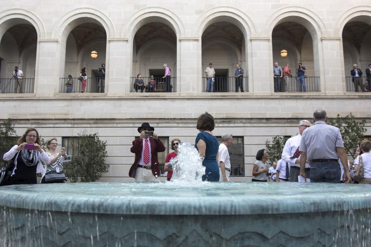 Fountains Complete Original Plan For State Capitol As Nebraska Wraps