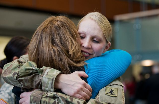 A chance to cry, say goodbye to Nebraska soldiers headed for Afghanistan