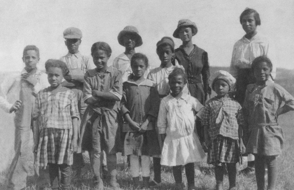 Carving Out A Place For Themselves Black Settlers