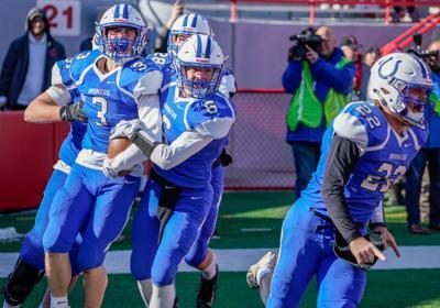 Prep football previews: Defending champion Centennial returns just three starters from 13-0 season