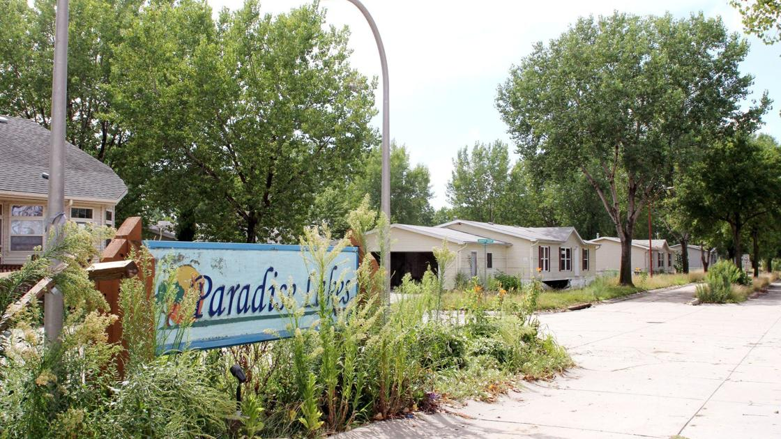 Bellevue pushes Paradise Lakes demolition to 2020, hopes taxpayers aren't on hook for $1.2 million