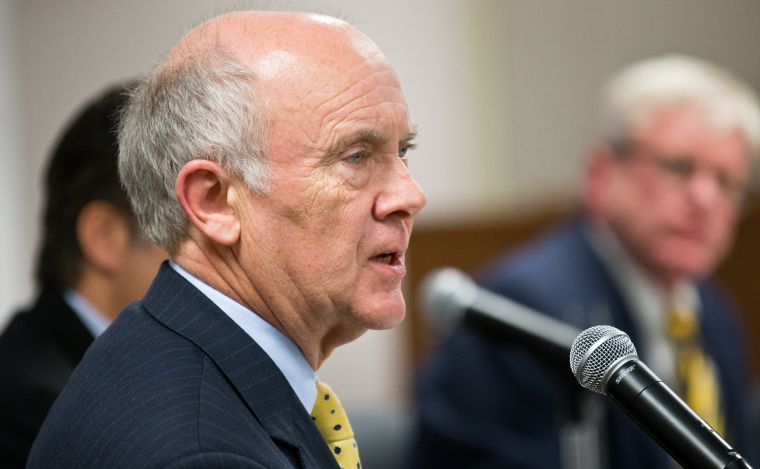 Omaha Mayor Suttle again pleads city's sewer case with EPA