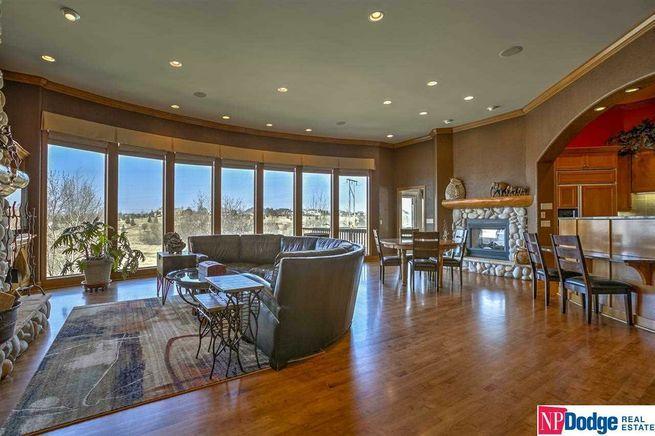 NP Dodge Real Estate | Dodge St. | Elkhorn NE | Grand Room