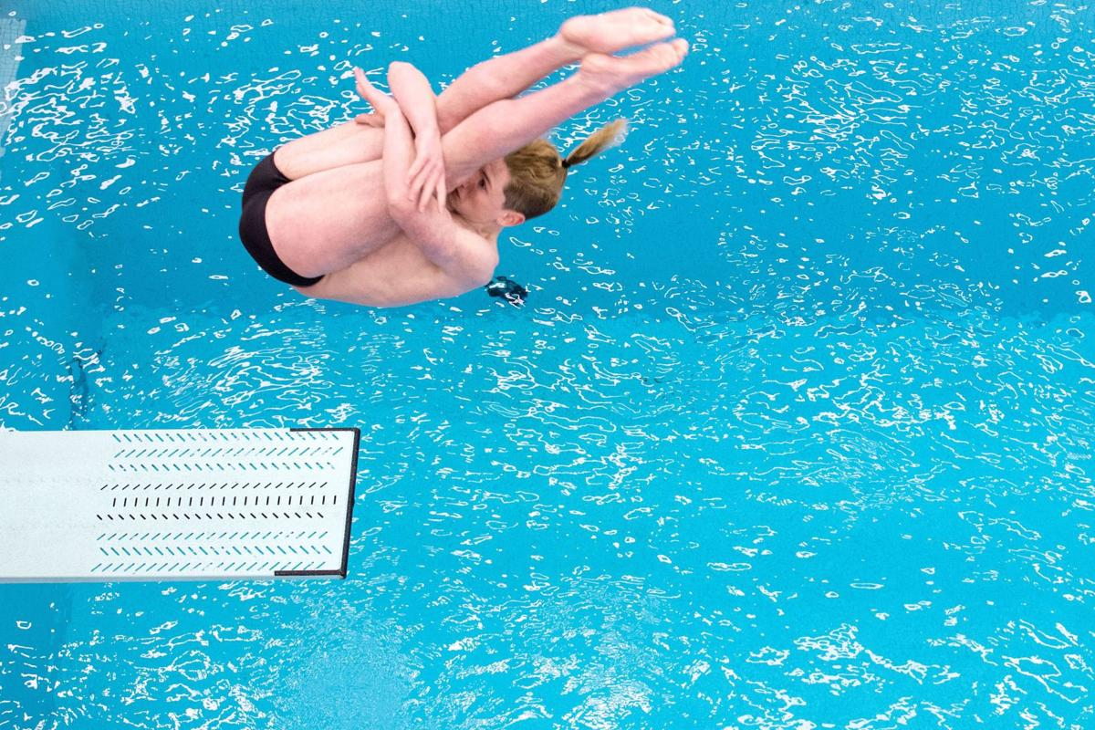 Millard South's Zach Boyd wins state title with record-setting dive