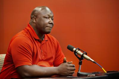 Tommie Frazier microphone