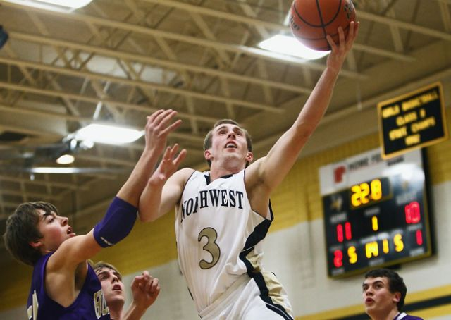 Class B No. 3 Northwest advances past Dusters
