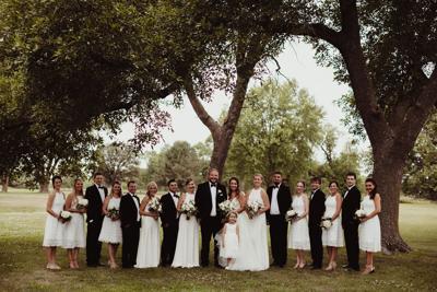 WeddingEssentials_RealWedding_HannahAdam_WYNWILEY_029.jpg