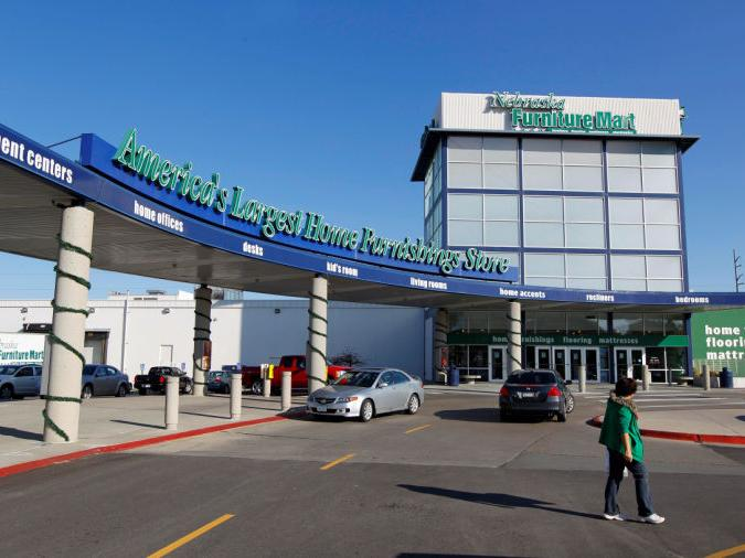 Nebraska Furniture Mart Plan To Arm Security Staff Called