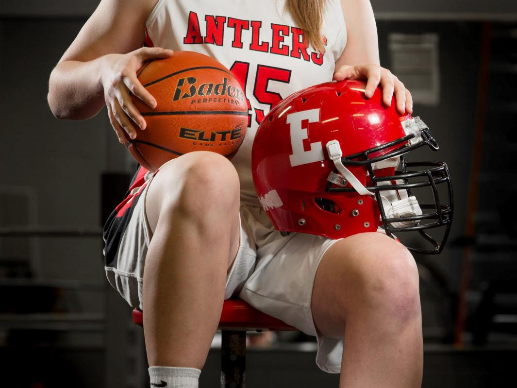 Elkhorn's Brooke Carlson rare in age of extinction for multi-sport athletes in girls sports