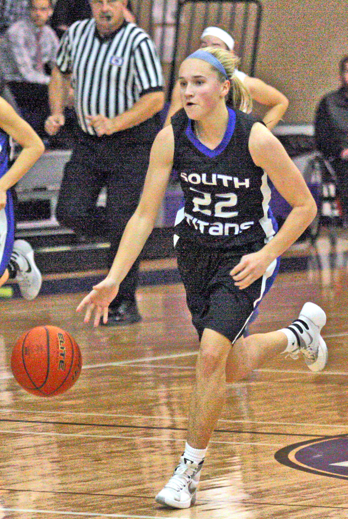 Titans beat Chieftains with big fourth quarter