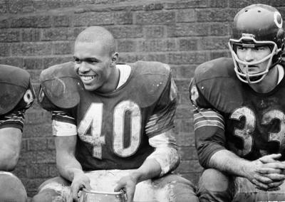 Chicago Bears to honor Gale Sayers