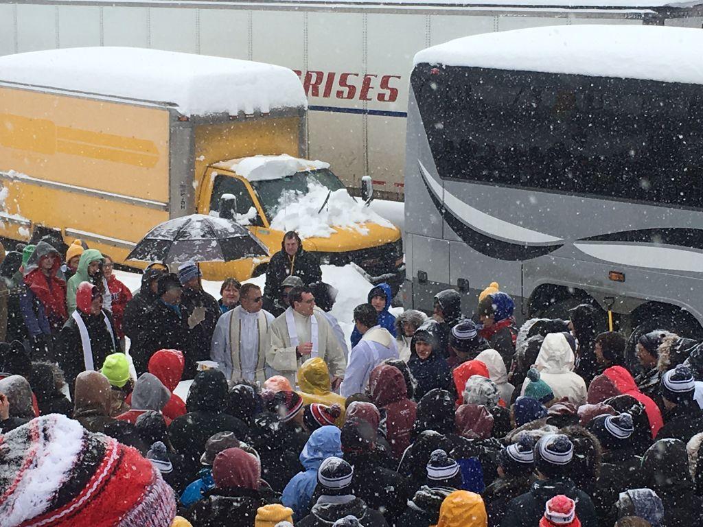 Nebraskans in D.C. storm-Outdoor mass