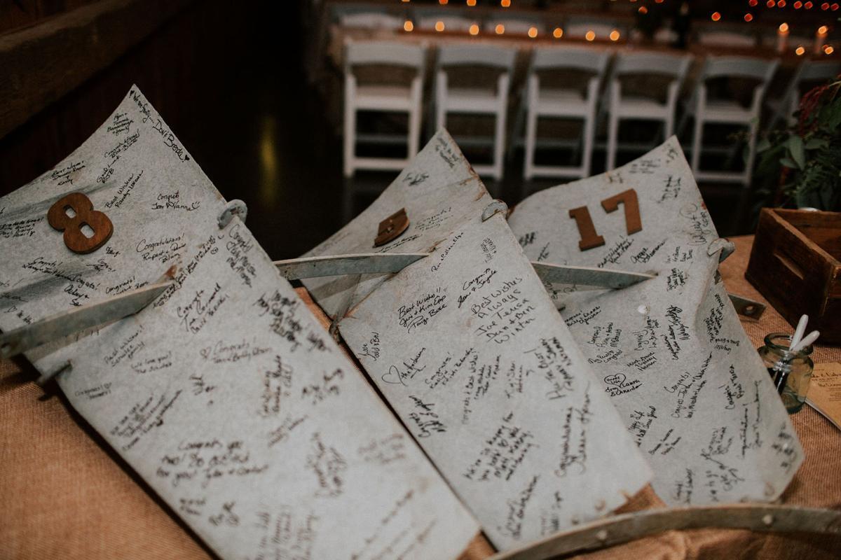 WeddingEssentialsOmaha_RealWedding_MirandaGabe_ROCKINGJ_061.jpg