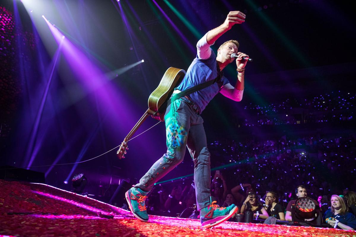 Coldplay a head full of dreams 2017 omaha concert