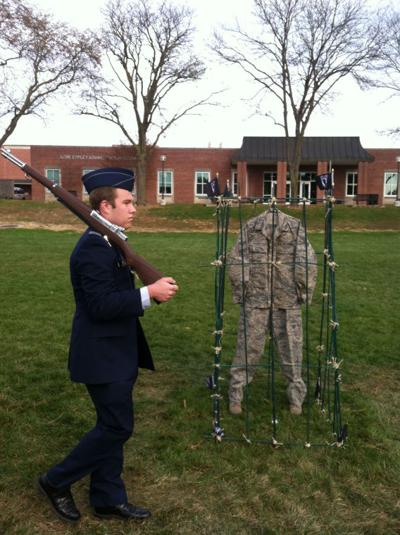 Tribute to military prisoners at UNO