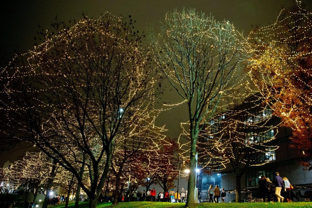 Christmas Lights Omaha.Holiday Lights At Gene Leahy Mall Will Relocate After This