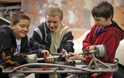 HAL students build go kart as 'passion project' | Papillion Times