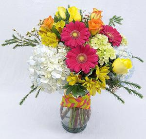 Corum's Flowers & Gifts | Greenhouse | Delivery| Council Bluffs | Omaha | Grandmas-Bouquet