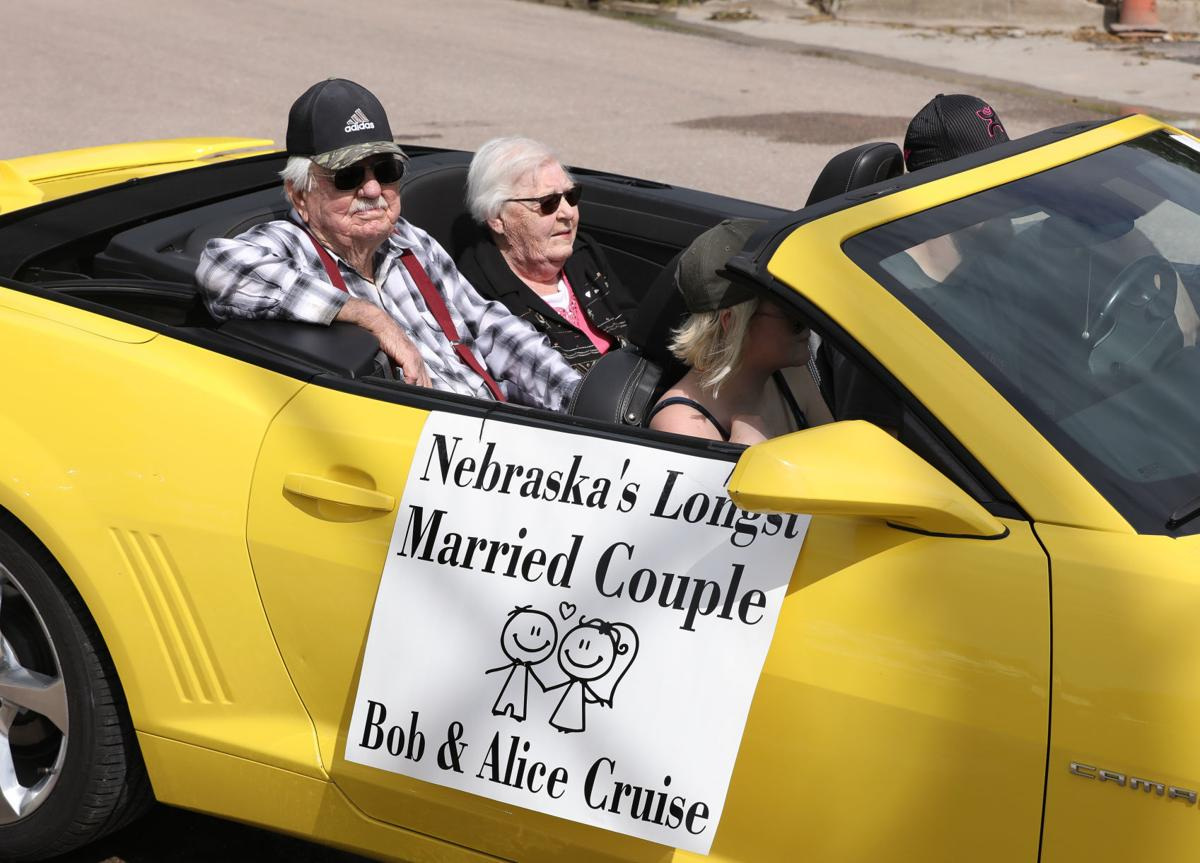 Bob and Alice Cruise ride in parade