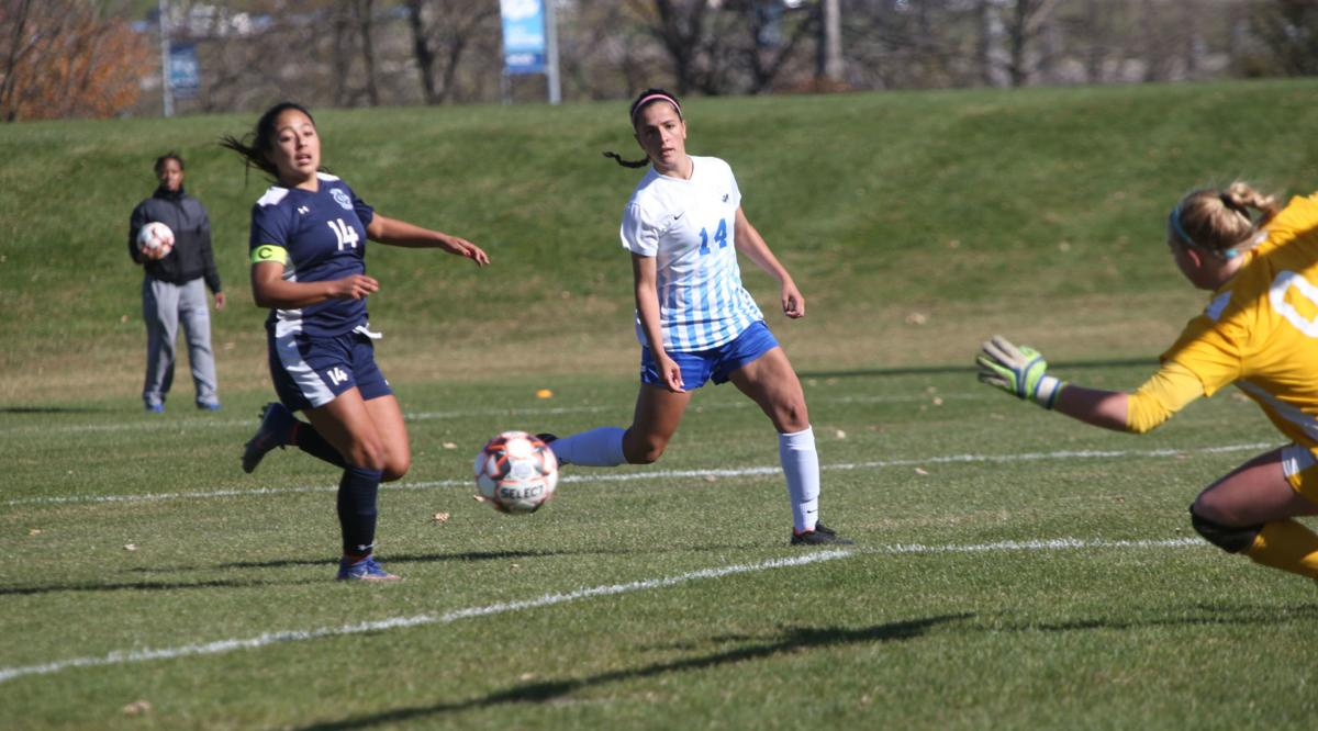 Iowa Western women's soccer tops Iowa Central, claims 11th straight ICCAC title