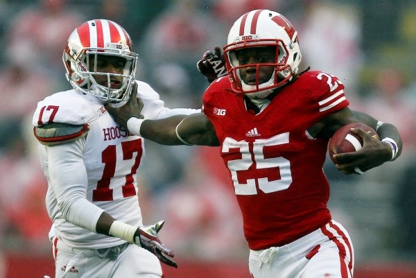 Big Ten Notes: Badgers bountiful at running back position