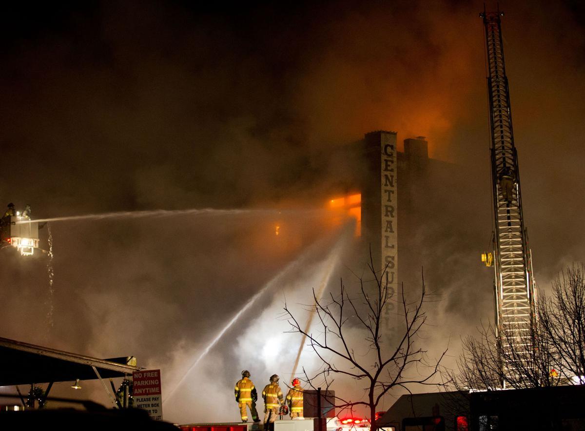 Night fire at M's Pub