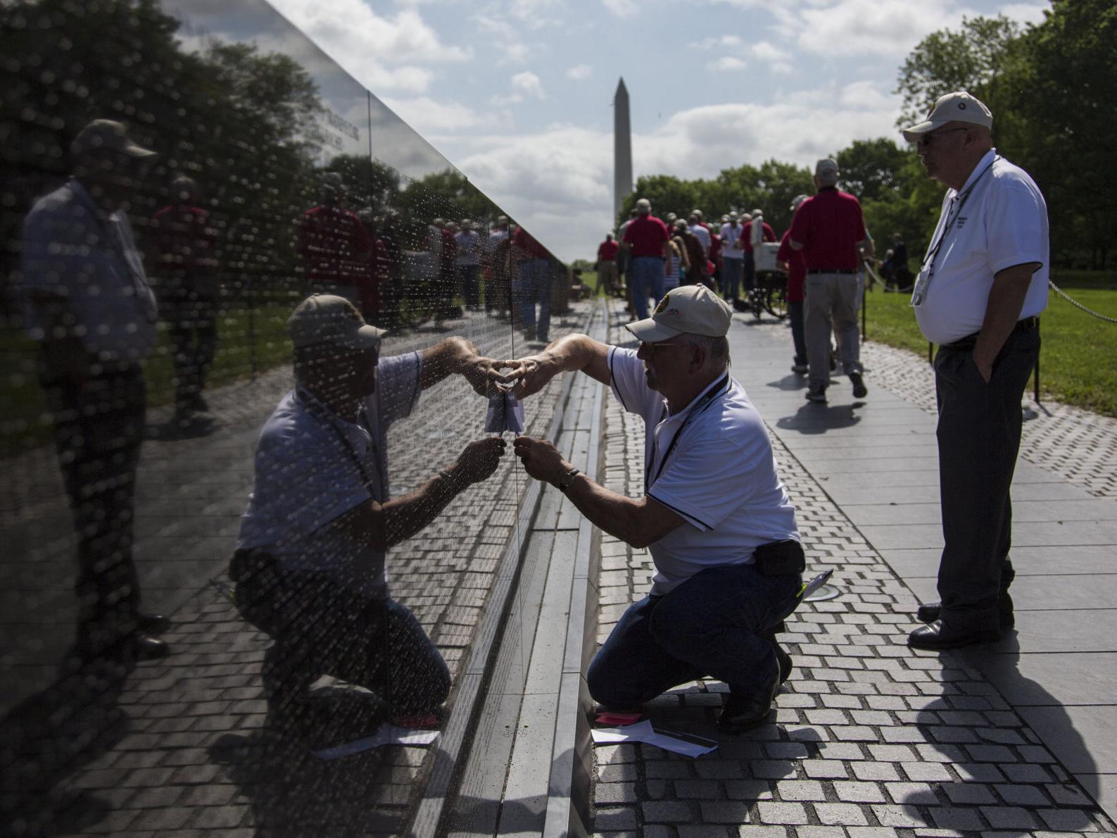 Nebraska Vietnam veterans on latest hero flight will tour Washington, D.C., memorials next week