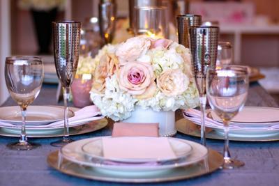 WeddingEssentialsOmaha_BlushWedding_AshleyRutlandPhotography_032.jpg