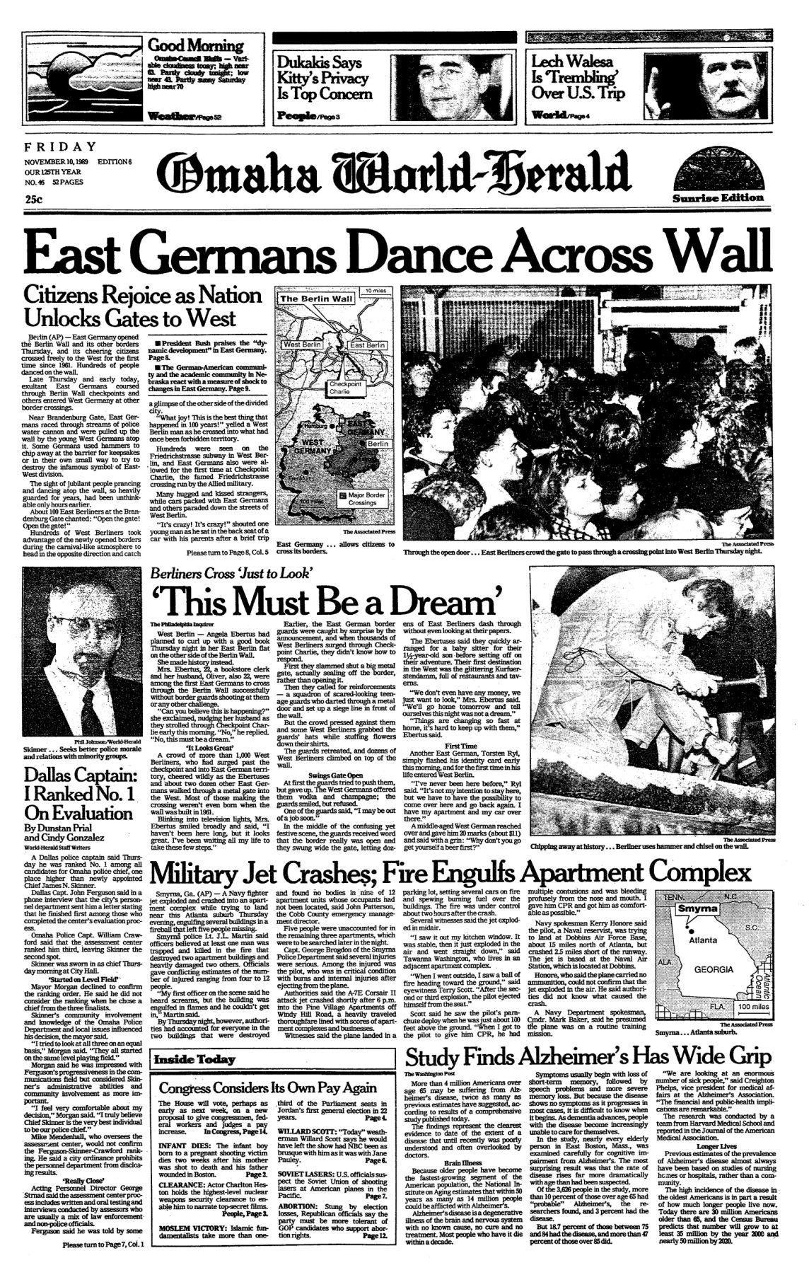 1989: Berlin Wall