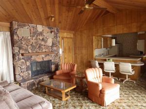 Sherwin Real Estate & Insurance | Hunting Cabin