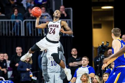 Former UNO, Omaha Central star Tra-Deon Hollins could compete in $2 million basketball tourney