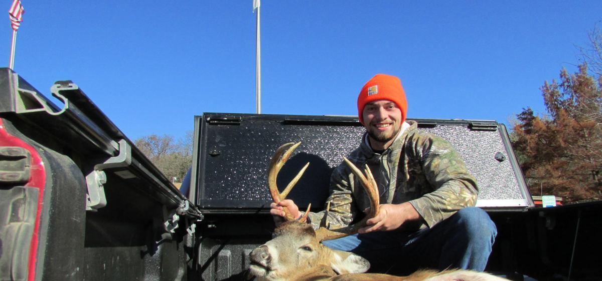A management success story: Nebraska doesn't have a huge elk