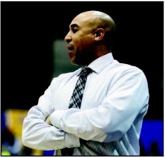 UNK's Lofton on right path in driver's seat