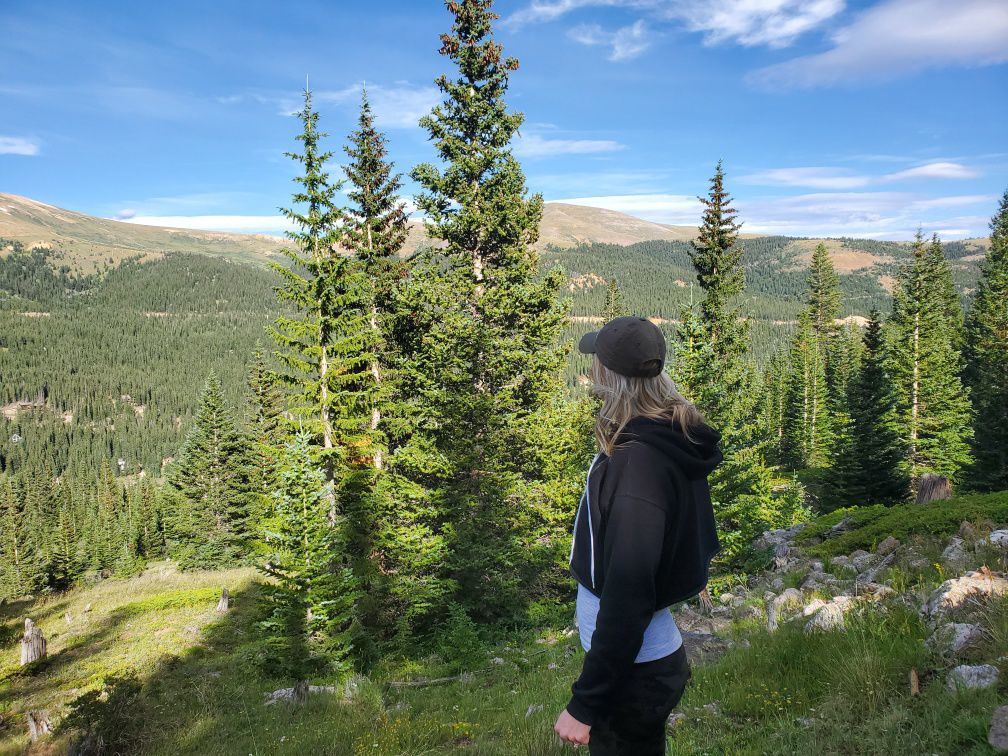 Bach party hiking in CO.JPG