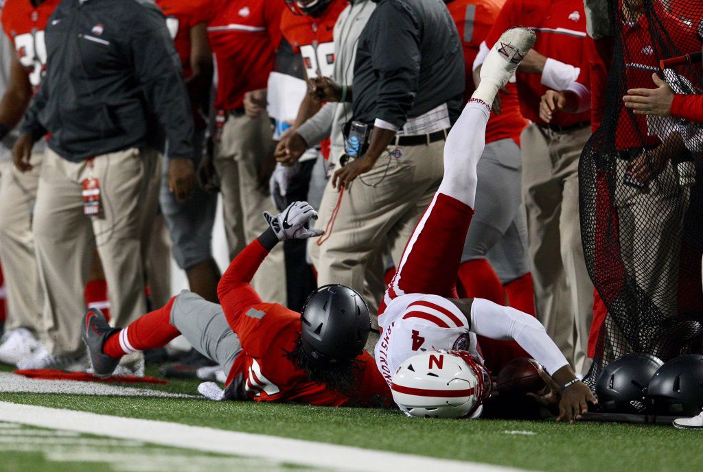 Tommy Armstrong carted off after suffering apparent head injury