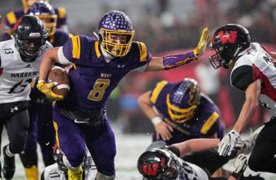 Bellevue West running back Jay Ducker named 2019 Nebraska Gatorade player of the year
